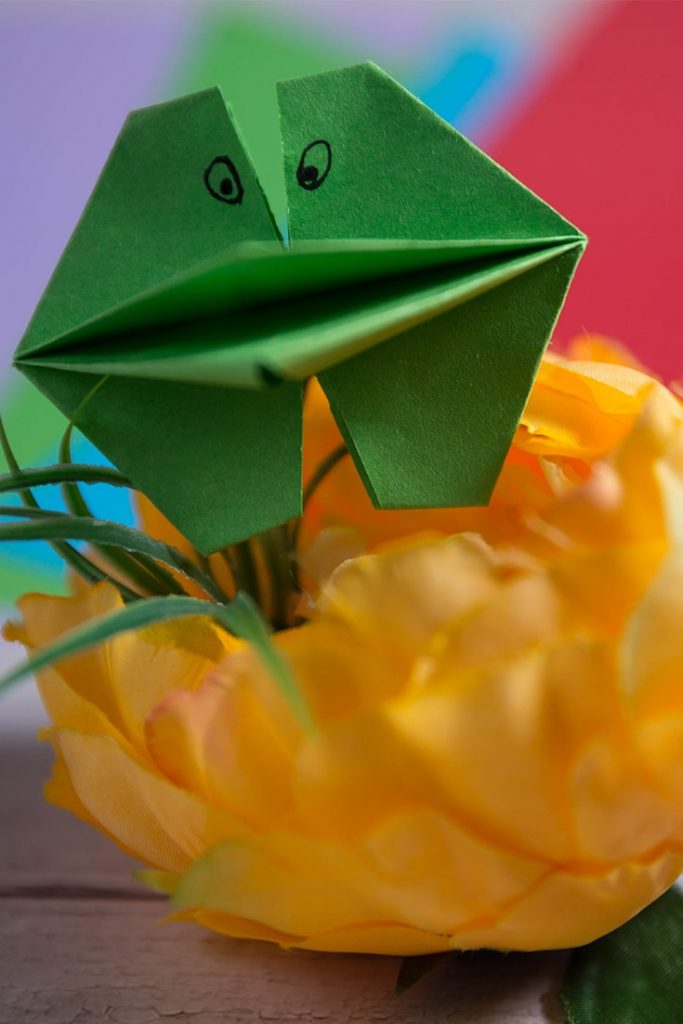 Origami Talking Frog