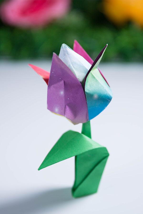 origami tulip leaf