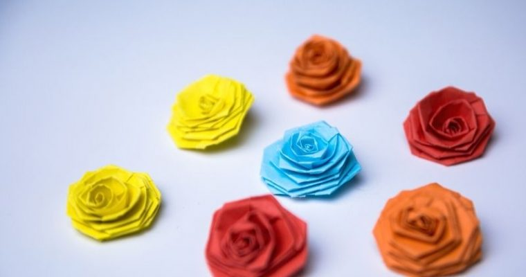 how to make paper roses easy